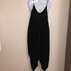 Black Cute jumpsuit with baggy leggings.